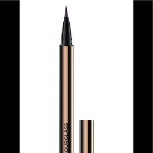 Hourglass Voyeur Waterproof Liquid Liner - Black